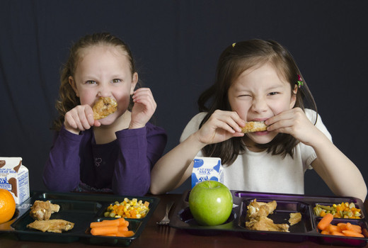 Cornell study shows that cutting your child's food makes them calmer