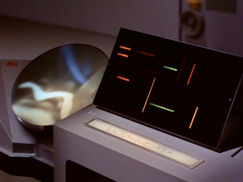 Fears of the ultimate computer: Star Trek's Captain Kirk to Stephen Hawking 2
