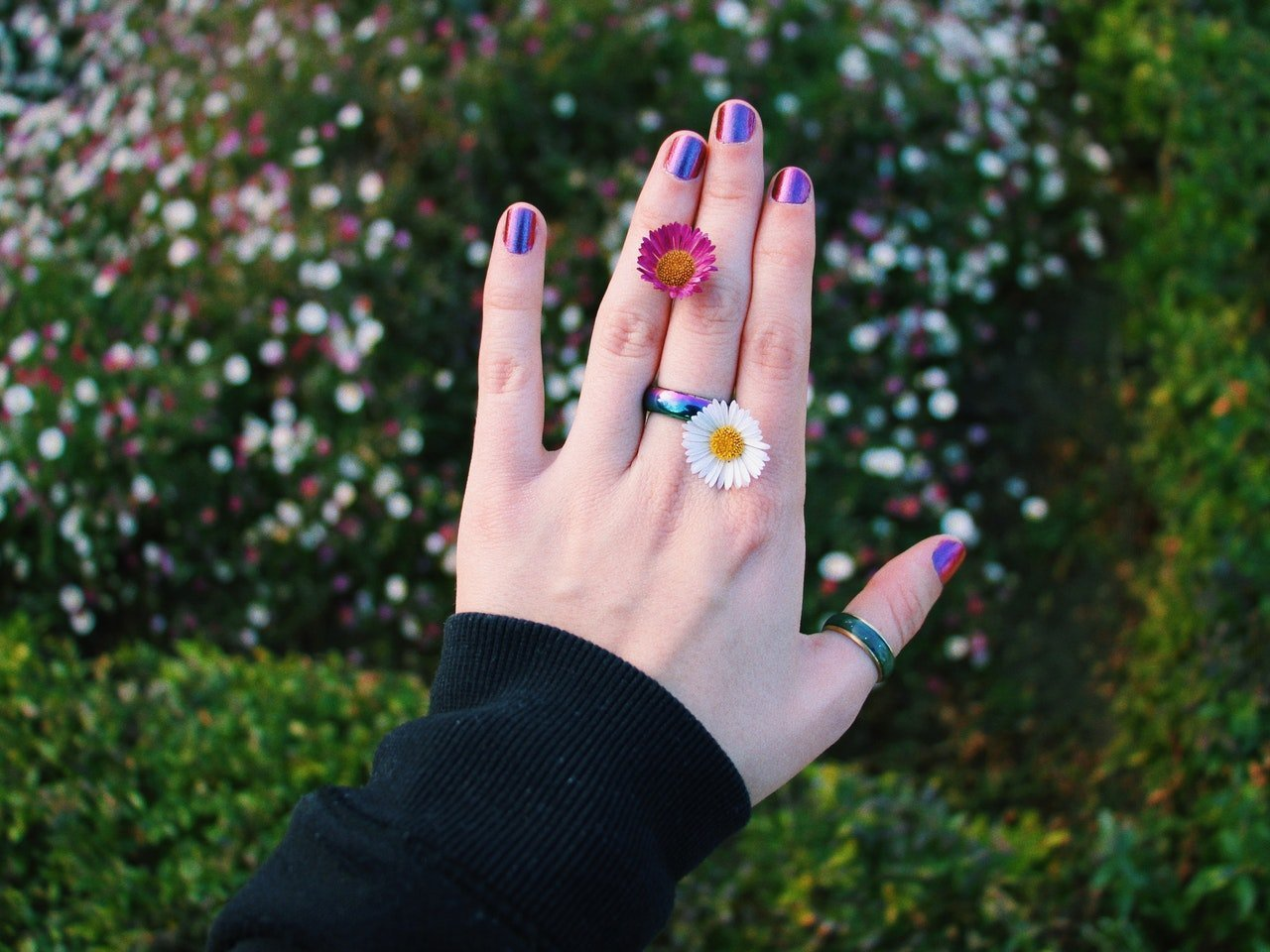 Are There Subliminal Messages In Broken Fingernails?