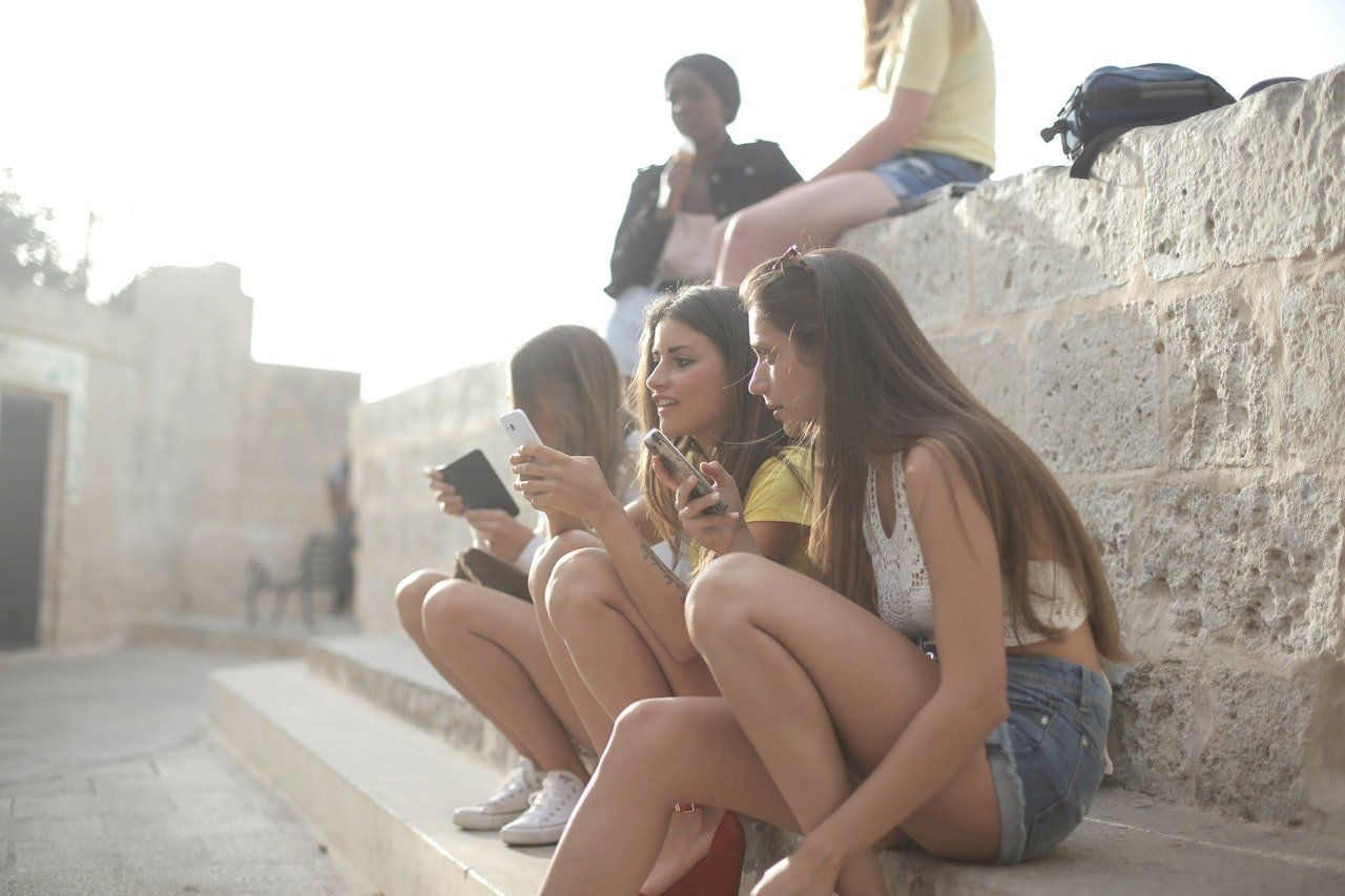 Cell Phone Research Proves Gossip Is Good For You