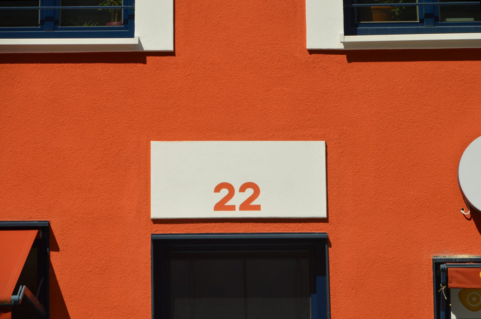 "Numerology: The Meaning of the Number ""22"" Name"