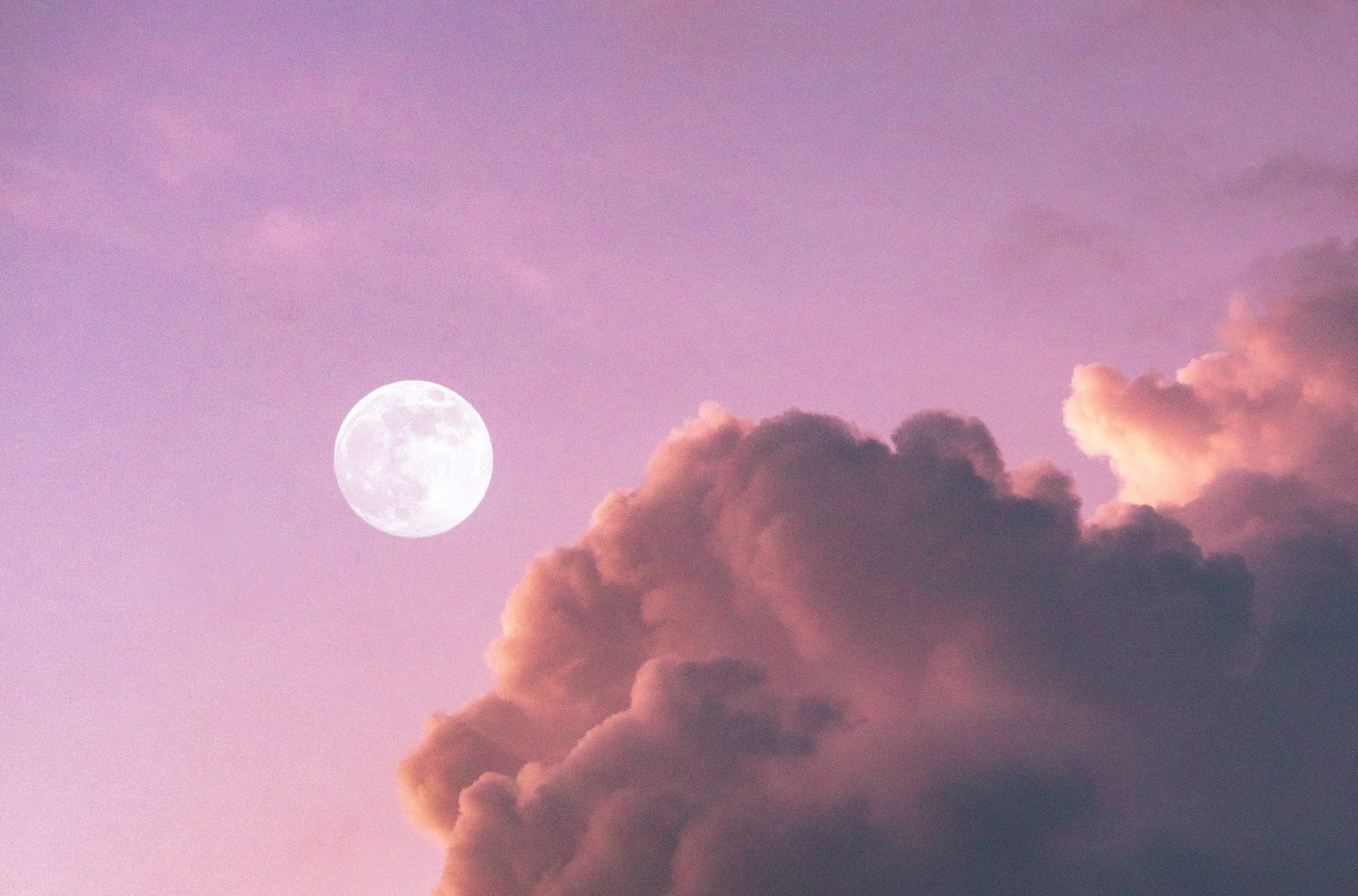 When is the Next Full Moon? And What to Do According to Astrology